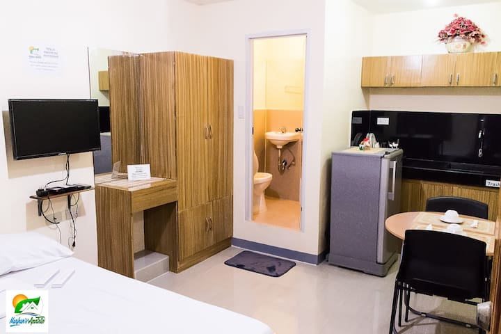 Budget Studio in Jagna w/ Wifi and Shower