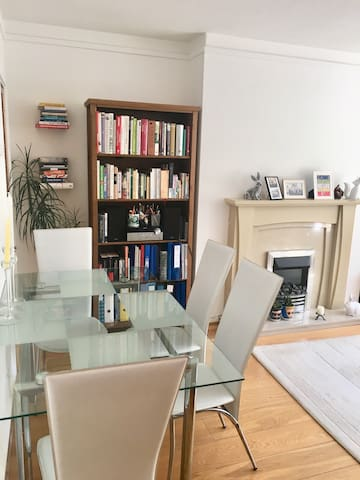 Beautiful double room in Wandsworth-zone 2