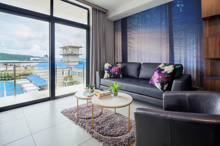 2 Sleeper with Harbour Views @ 38 Eastpoint