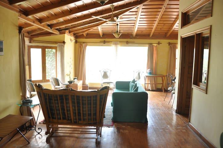 Pangot Woodside Retreat - Pangoot - Bed & Breakfast