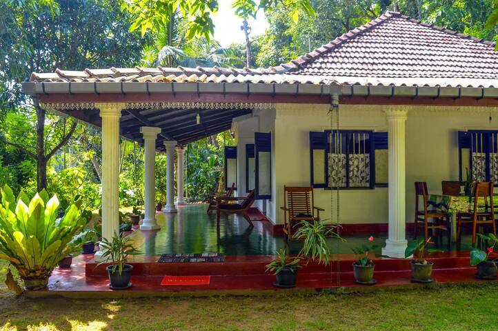 Sommersheild Cottage