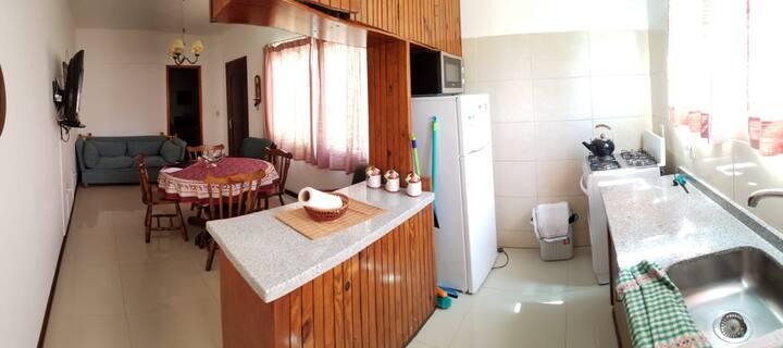 Super cómodo apartamento a 100 metros de la playa