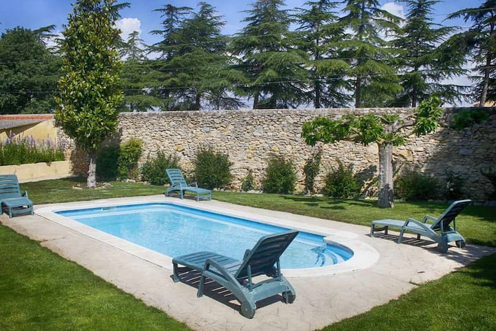 MAS LLUNES - EL MARTINET BLANC Apart. in Rural House with pool - Girona