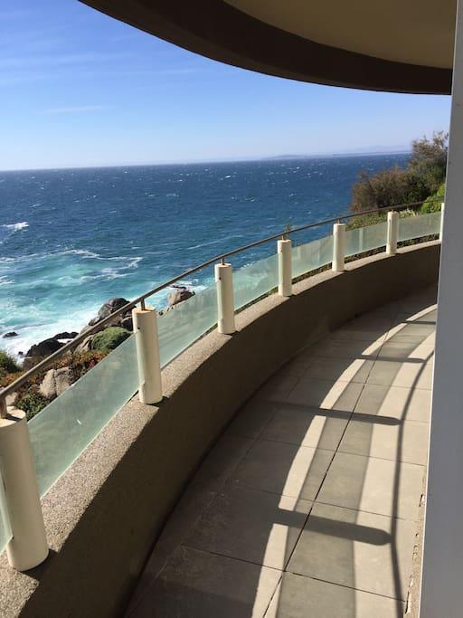 Terraza vista directa al mar