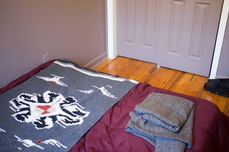Private room in Bed-Stuy