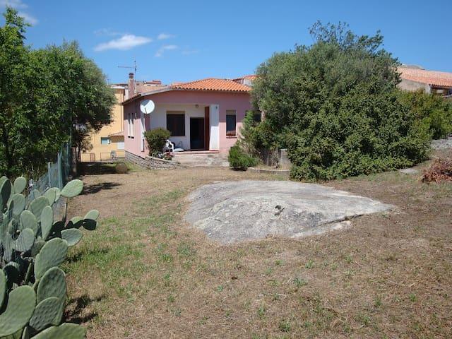 Casa del Fungo - Arzachena - Hus