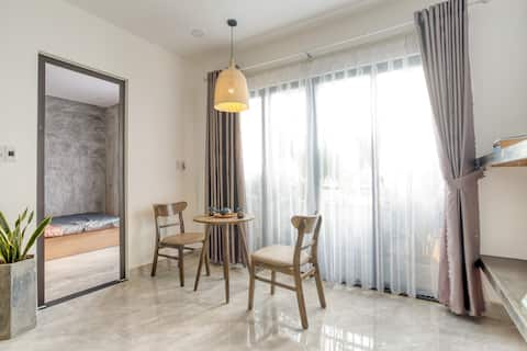 ★BALCONY APT in DOWNTOWN☀5 mins to HAN MARKET ★