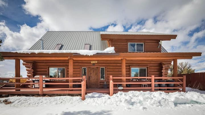 Log Home on 80 private acres near Mesa Verde