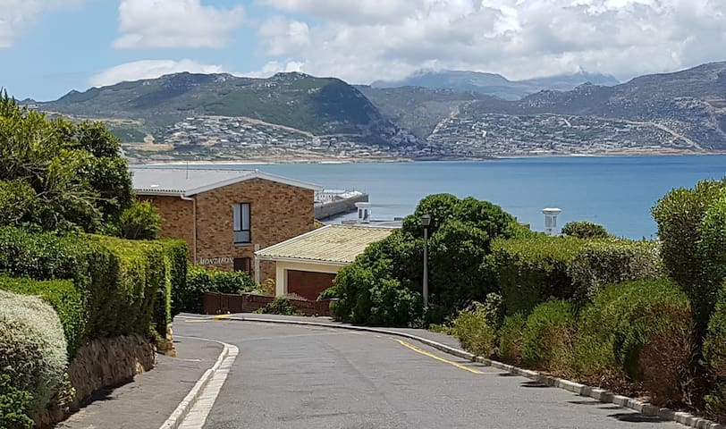 Simons Town self catering apartment - Cape Town - Huoneisto
