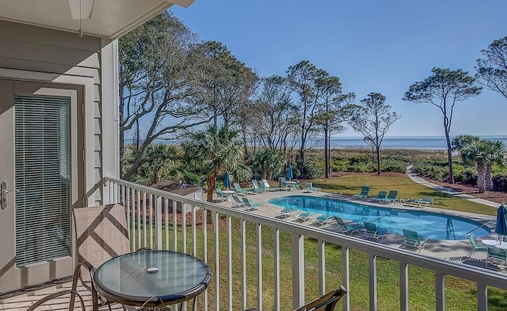 ⭐Direct Oceanfront Villa Steps to Beach w/ Pool⭐