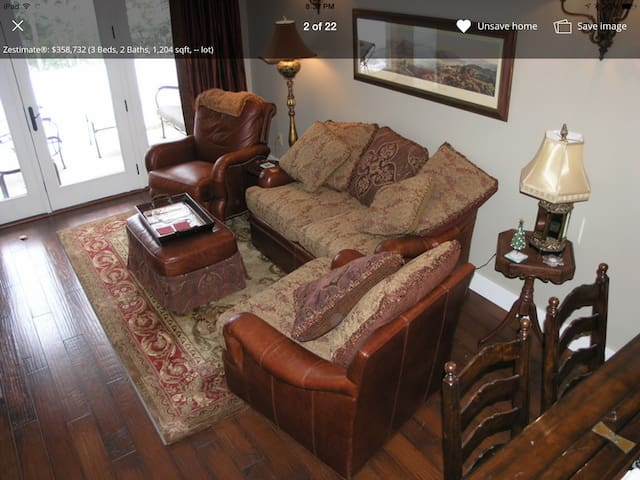 Loon Mtn - Luxurious South Peak Riverfront Condo
