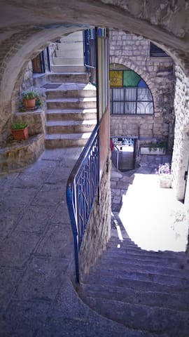Livnot U'Lehibanot - Safed - Bed & Breakfast