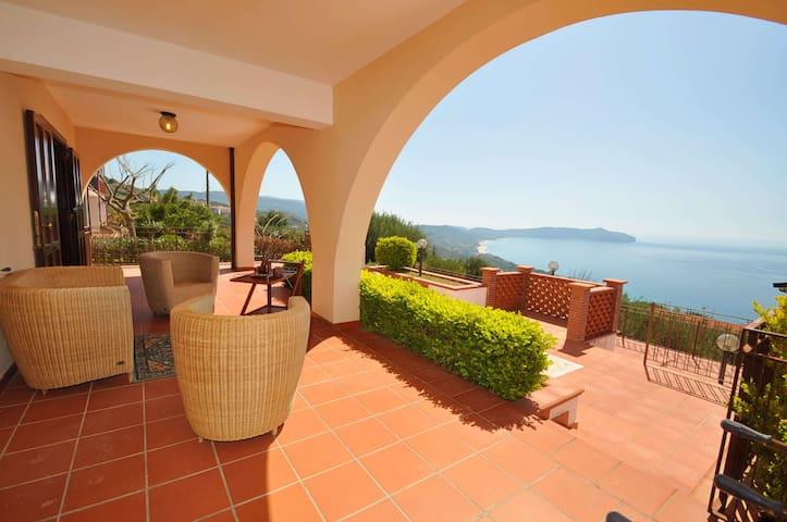 Villa a Pisciotta ID 676 - Pisciotta - House