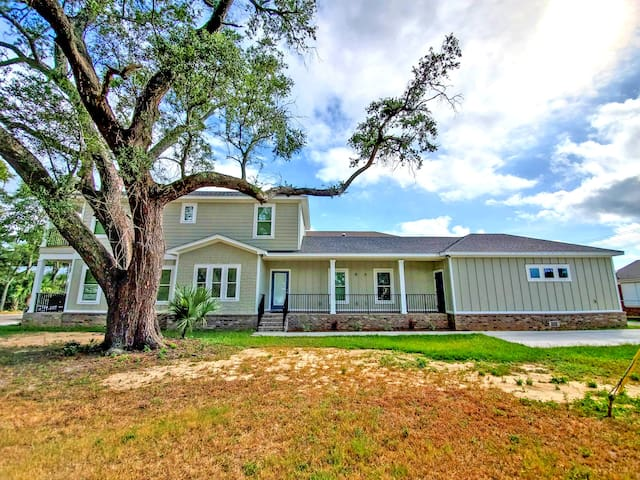 Brand New 3 bed, 2 bath Downtown Pensacola Home