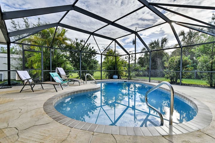New! 2BR Port Charlotte House w/ Lanai & Pool!
