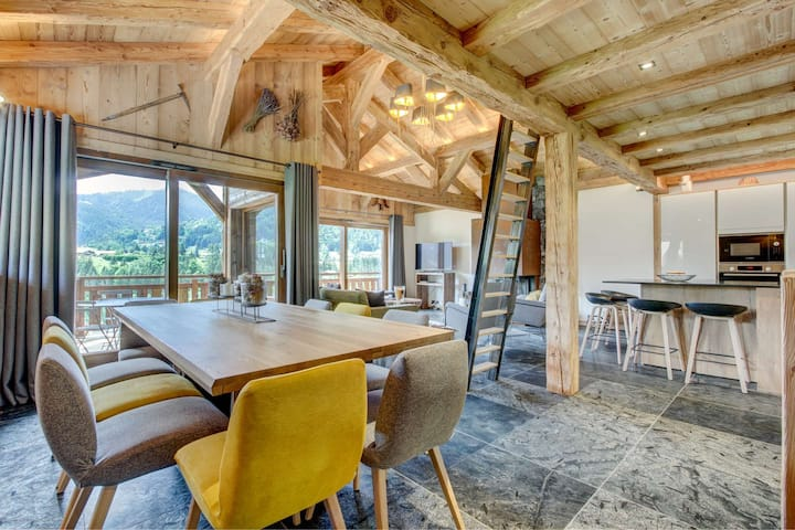 Stunning chalet for 12 persons, south oriented and breathtaking view