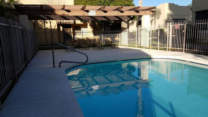 Remodeled Modern two bedroom condo in Phoenix!