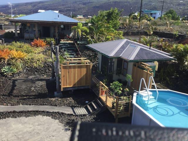 Hale Aloha Guest Houses with Pool