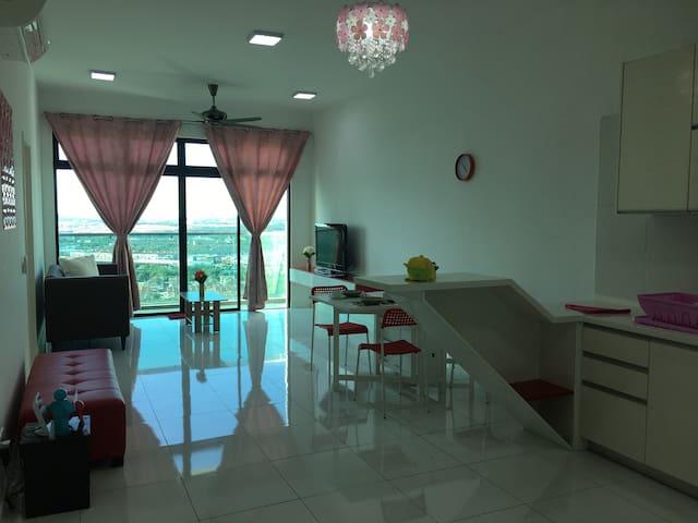 Sky Loft Premium Suites at Bukit Indah