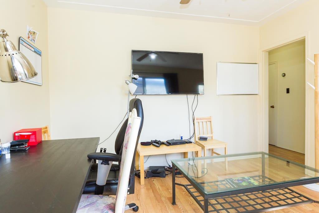 Living Room +TV