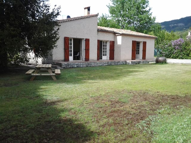 Lovely cottage in Castellane - Castellane - Villa