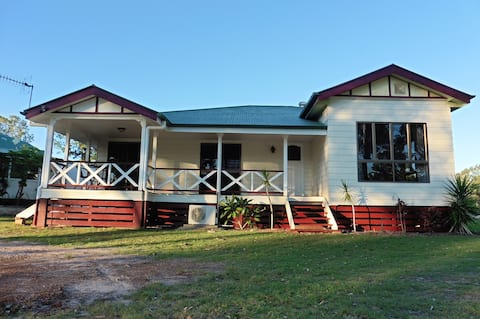 RIVERVIEW HOMESTEAD  ( Eco Friendly )