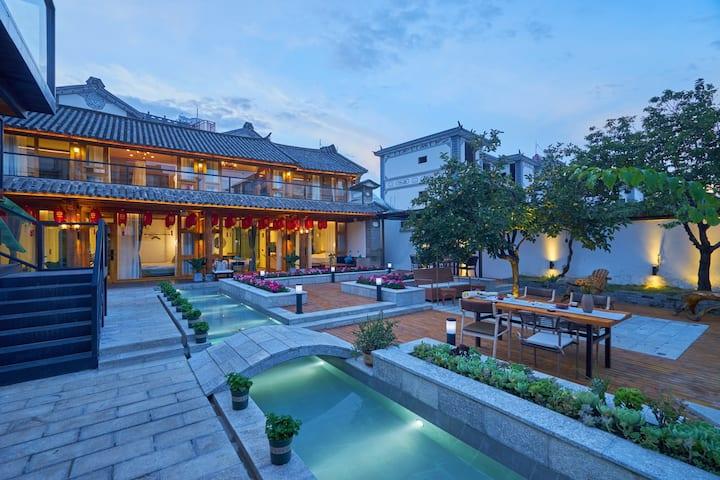 大理古城旁洱海边 环海游免费停车早餐网红打卡中式风格整套别院可住6-12人 《新房特惠》