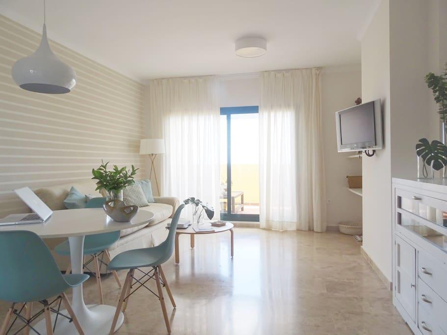 Casa en Urbanización los Almendros I, San Pedro de Alcantara, WIFI y piscina a 6 minutos de la playa