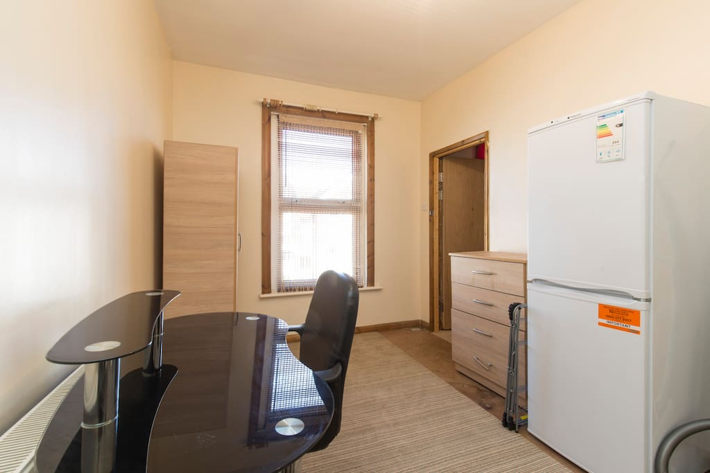 For Rent Houses  Rooms Tooting