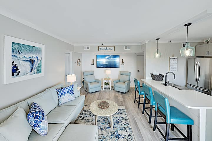 Luxe Gulf Shores Plantation Condo: Pools & Hot Tub
