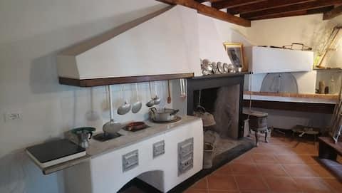 """Antica e tranquilla casa ligure """"Il Torchio"""""""