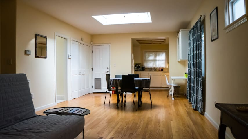 Spacious bungalow between Rockridge & Temescal. - Oakland - Talo