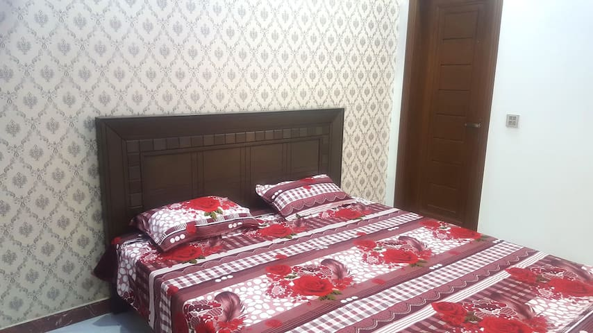 Executive Room - Johar Town - Lahore