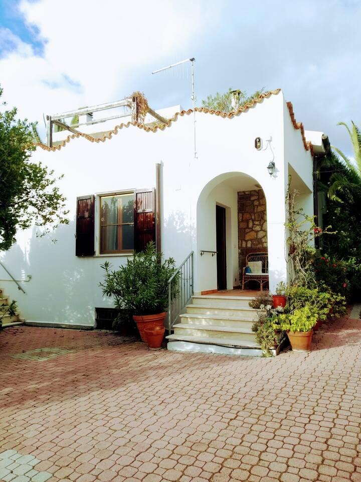 Sea view Villa with garden - Villa al mare