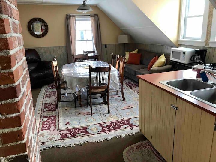 "Pinestead Farm Lodge, unit 2, ""Pie Alley"""
