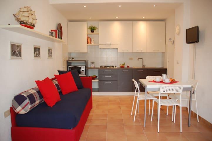 Accogliente bilocale in villa - Calice Ligure - Leilighet