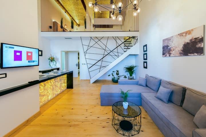Aigli Seafront Loft - Luxury Designer Duplex