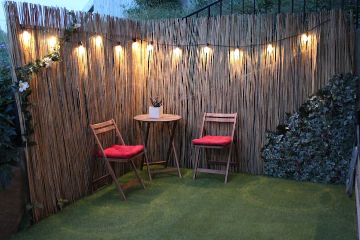 Private room close to nature & Stockholm city