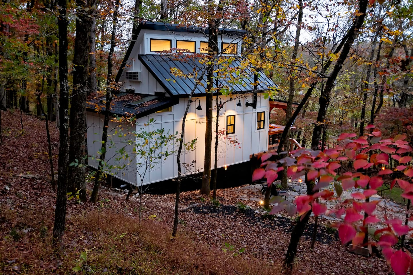 Wow! We found the Best Arkansas treehouse Rentals. Save time searching!