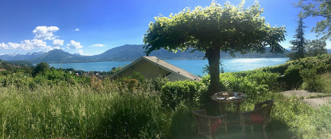 Summer spécial offer-Panoramic view on Annecy Lake