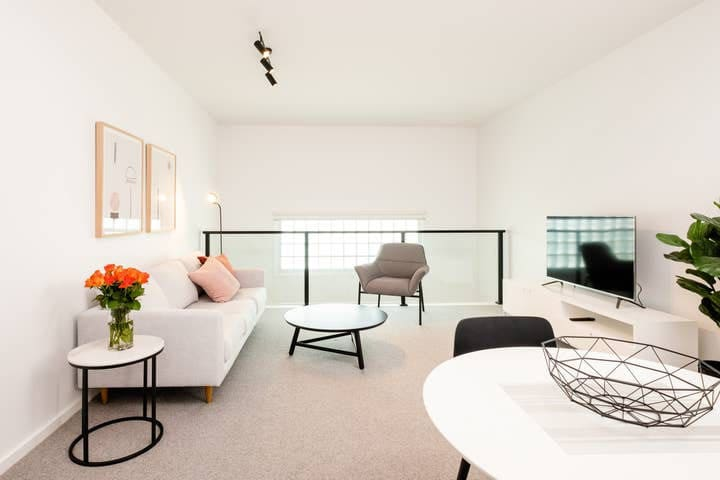 181 Club Apartment Central Geelong for Two
