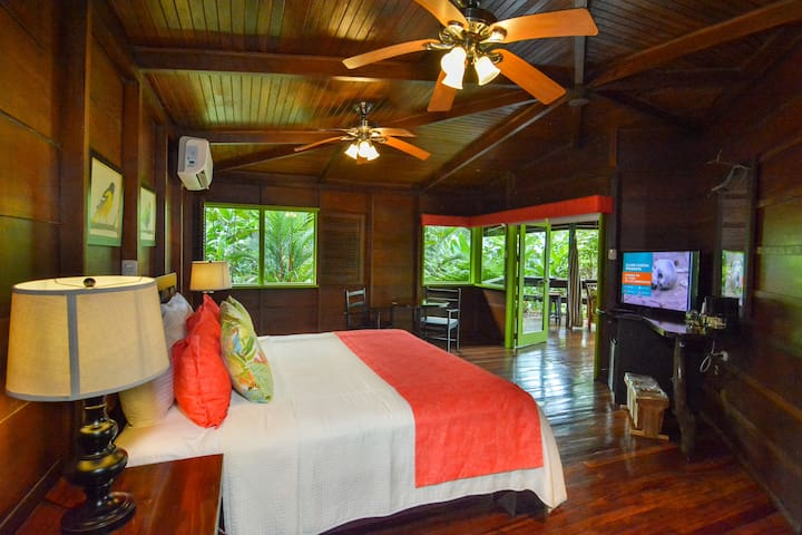 Rainforest Bungalow 1 K/bed at Chachagua Ecolodge