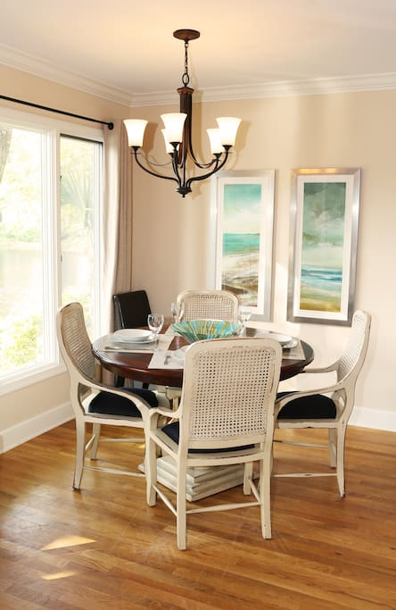 Breakfast nook, seating for 6.  Perfect for watching wildlife on the pond.