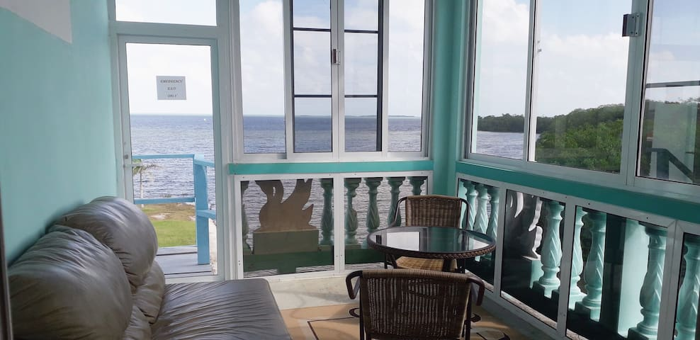 See Belize SEA VIEW SUNROOM Escape w INFINITY POOL
