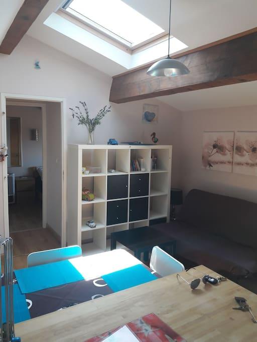 Appartement au centre de salon de provence flats for for Esthetic center salon de provence