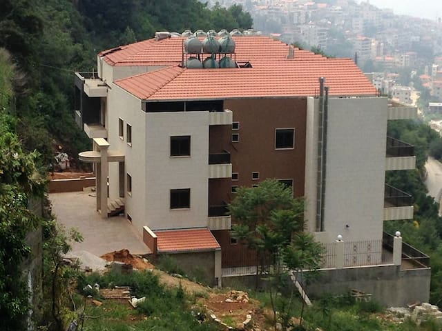 Best View Apartments - Aley, Lebanon
