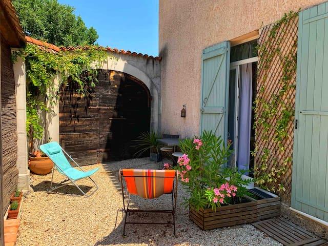 Charmante chambre avec SDB et terrasse privée