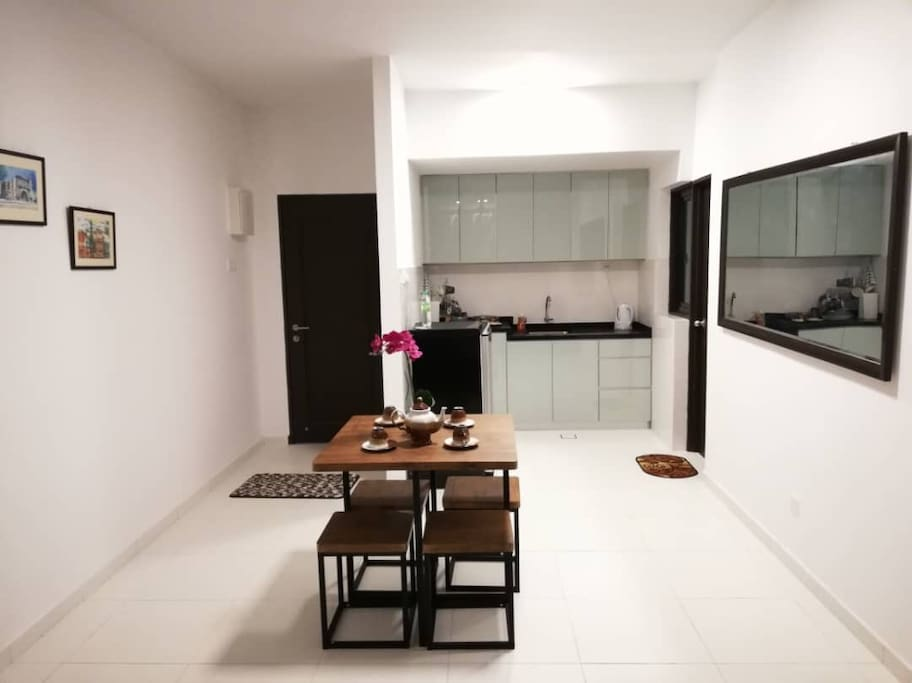 A spacious and clean area for dining to enjoy the quietness of your homestay