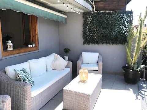 TOP APARTMENT with terrace to Estafeta Street