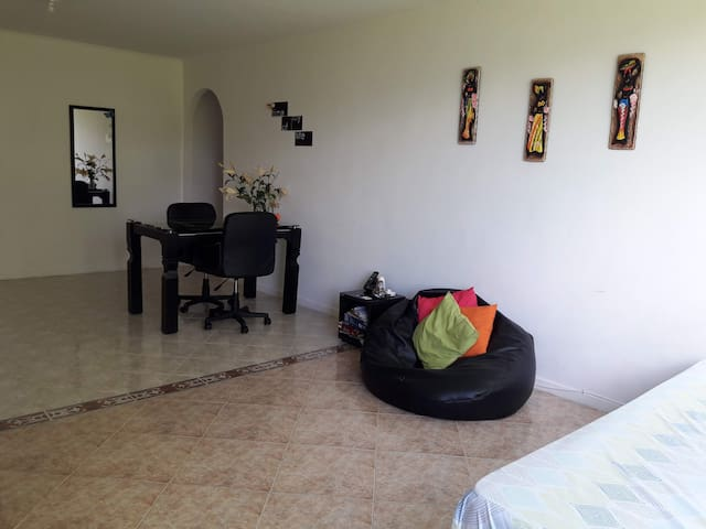 Nice room in the heart of the Poblado